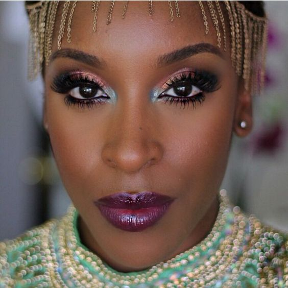 BEAUTIFUL GLOSSY EYE SHADOW LOOK FOR SOUTH AFRICAN WOMEN 1