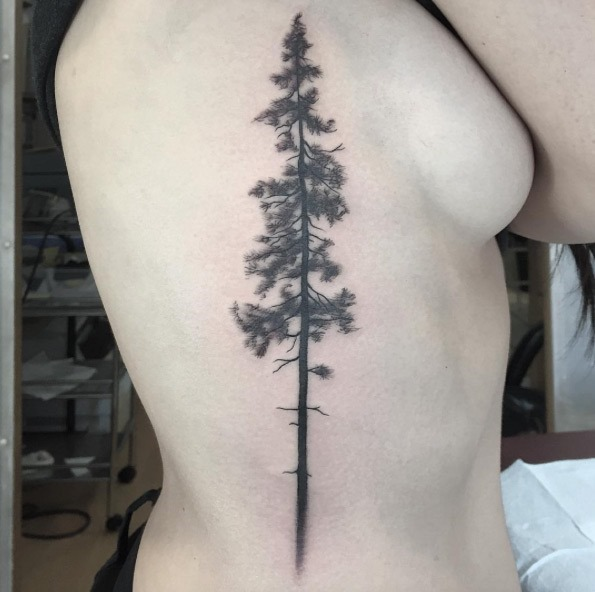Este épico árvore de tatuagem