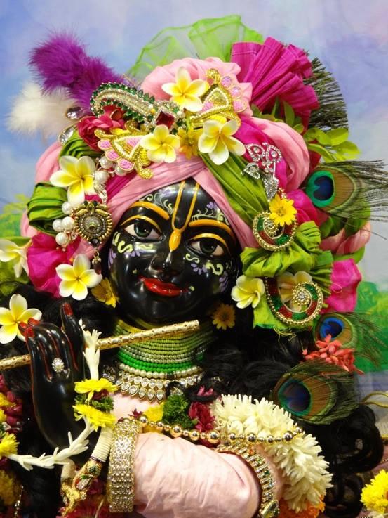 ISKCON Nigdi Deity Darshan 17 Dec 2015 (24)