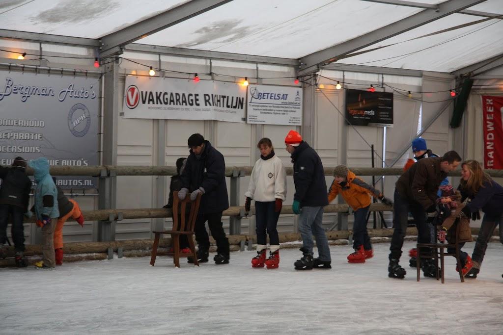 Sinterklaas bij de schaatsbaan - IMG_0305.JPG