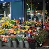 Rue des Abbesses flower shop