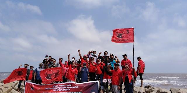 DPC PDI Perjuangan Kab Bengkalis Gelar Acara Penanaman 1000 Pohon Di Pantai Indah Selat Baru
