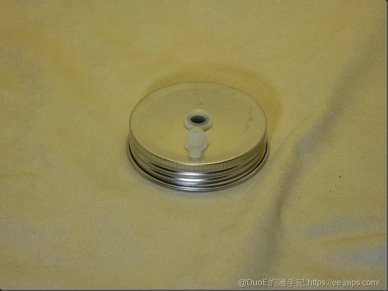 歌林果汁機JE-LNP01-不鏽鋼帶孔杯蓋