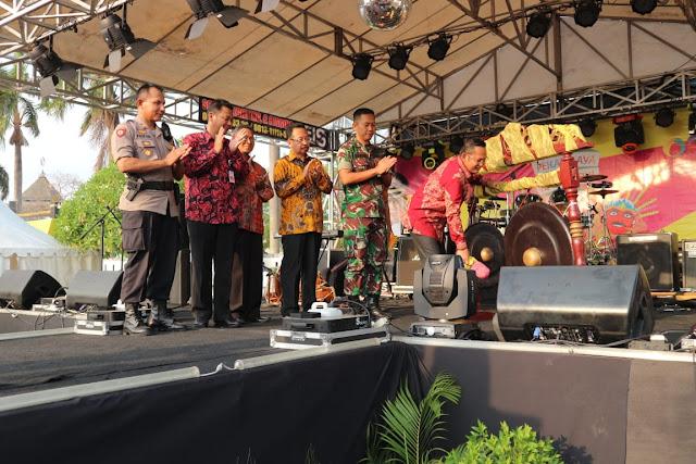 Plt Bupati Bekasi, Eka : PRKB 2018, Dunia Usaha di Kabupaten Bekasi Semakin Maju