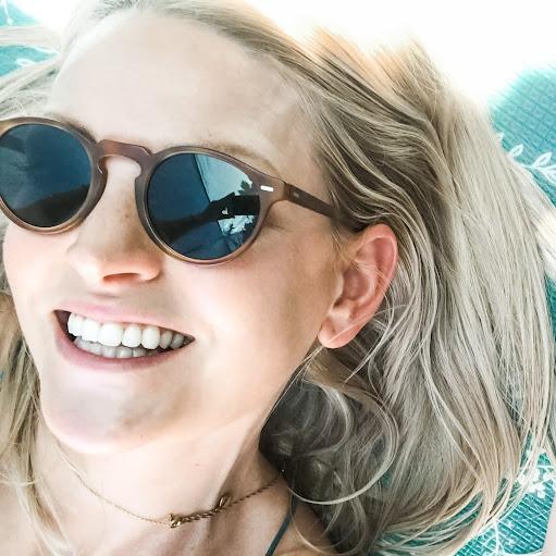 Alicia Tomlinson Photo 17