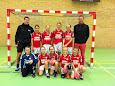 Klokholm Auto og Sandblæseren har sponsoreret nye trøjer til Aarup BK U12 håndbold pigerne.