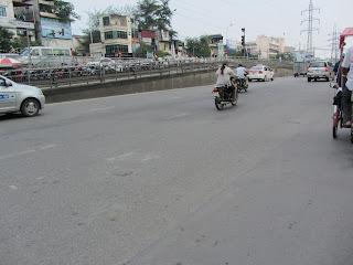 0010Pedicab_Ride_in_Hanoi