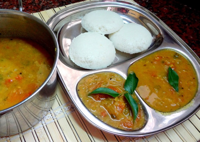 Ratna cafe tiffin sambar