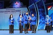 Demokrat Anugrahkan Penghargaan untuk 35 Senior Partai Dihadapan Puluhan Ribu Kader
