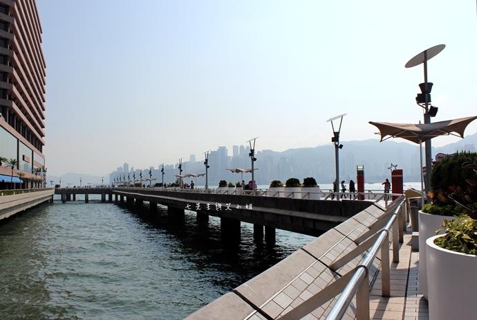 25 洲際酒店 InterContinental 閃躍維港 3D光雕匯演
