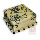 49. kép: Ünnepi torták - Fekete virágos torta