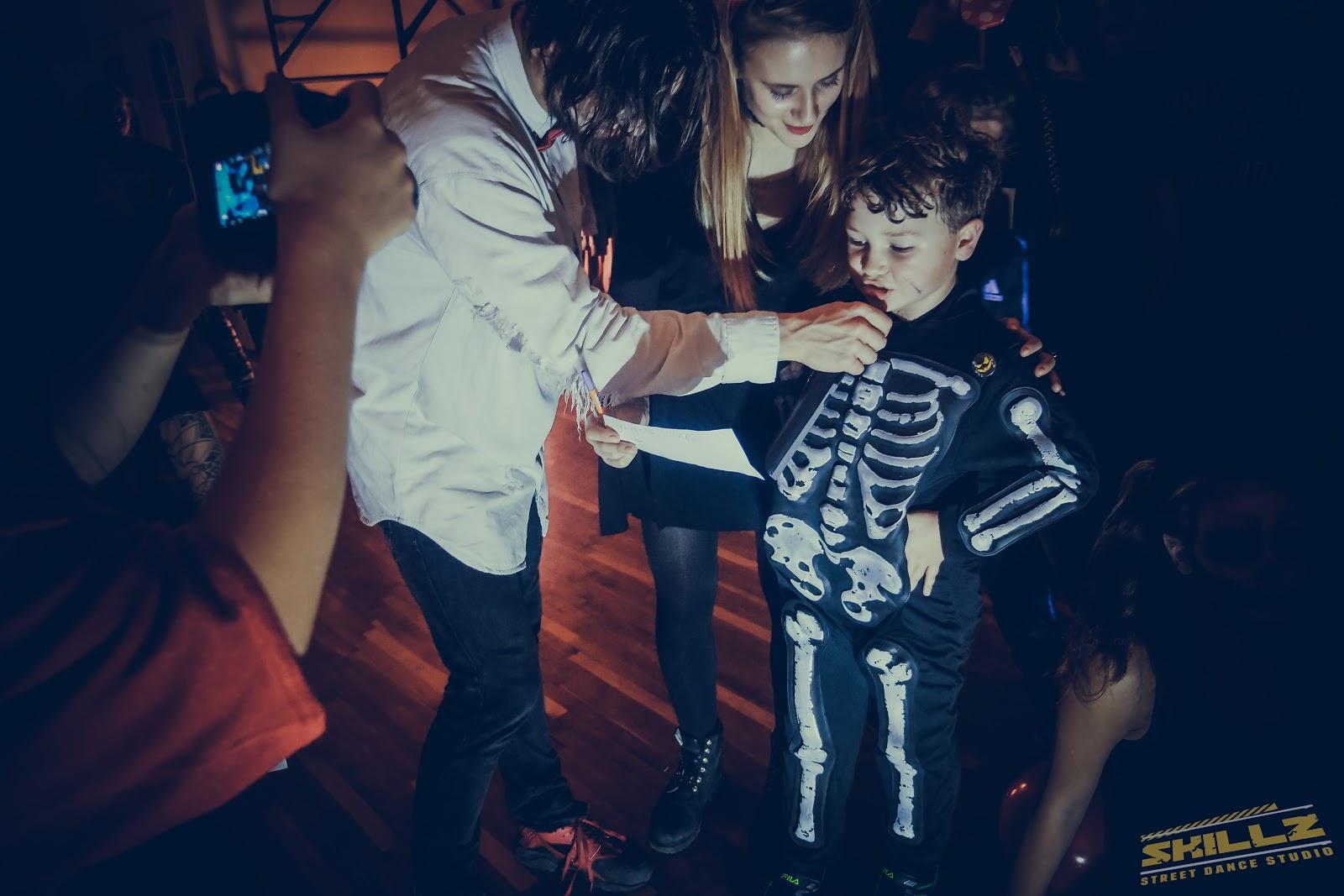 Naujikų krikštynos @SKILLZ (Halloween tema) - PANA2116.jpg