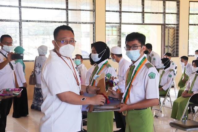 SMK-PP Negeri Banjarbaru Lepas 112 Siswa Kelas XII TP. 2020/2021