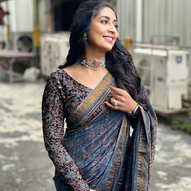 South Indian Actress Navya Nair