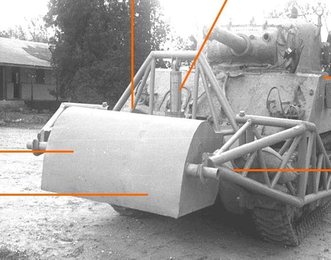 M4-Sherman-with-wall-breaching-device-wmc-1.jpg