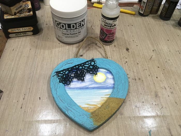 05 Background, Lace and Pumice Gel Medium