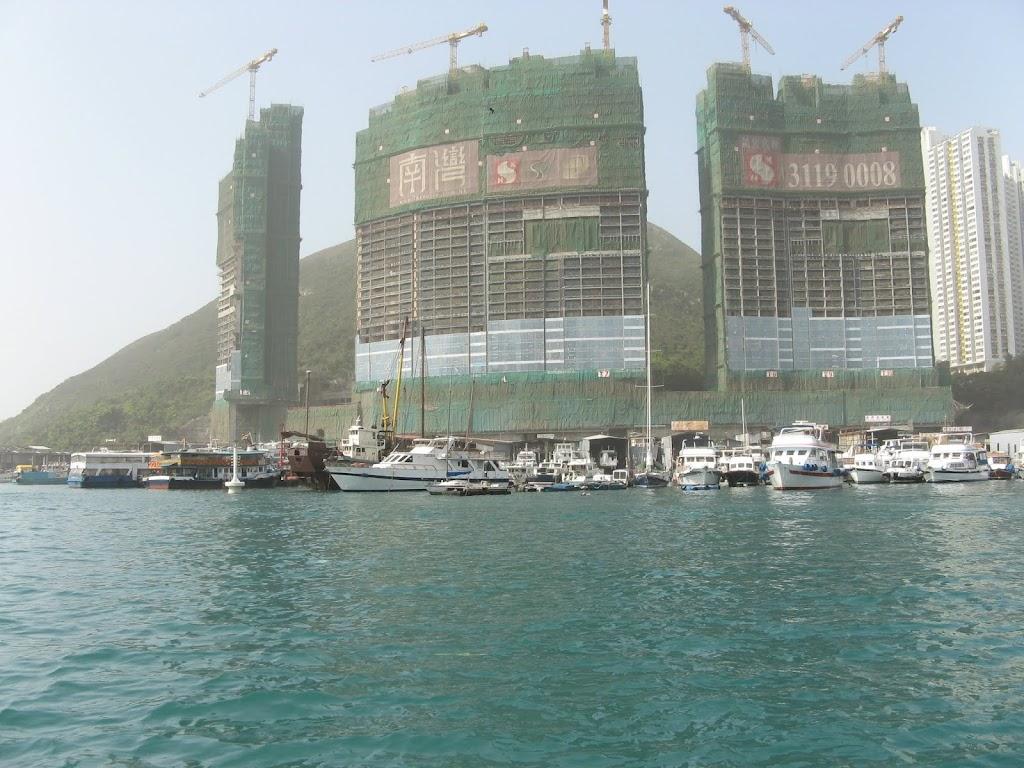 0170Cruise on Victoria Harbour