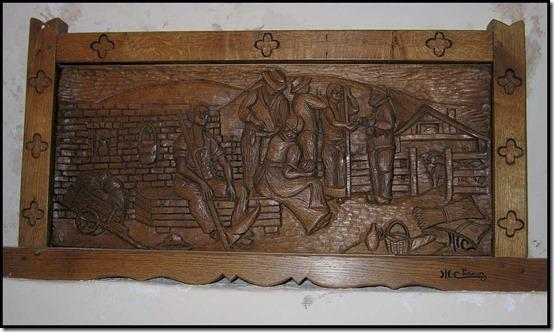 542-carving-at-La-Motte