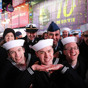 Celebrating Sailors by VAM Photography - Public Holidays New Year's Eve ( holiday, times square, celebration, nyc, places, new years eve )