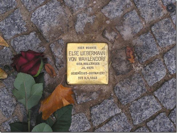 Stolperstein_Else_Liebermann_von_Wahlendorf_Berlin_Budapester_Strasse (800x600)