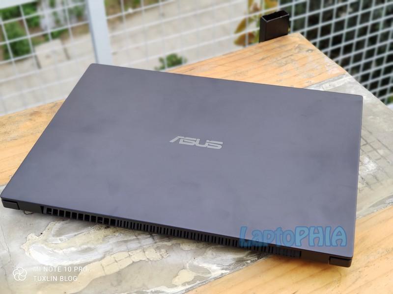 Desain Asus Expertbook P2 P2451FB EK5810T