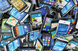 future-of-smartphone-new-technology-new-age-device