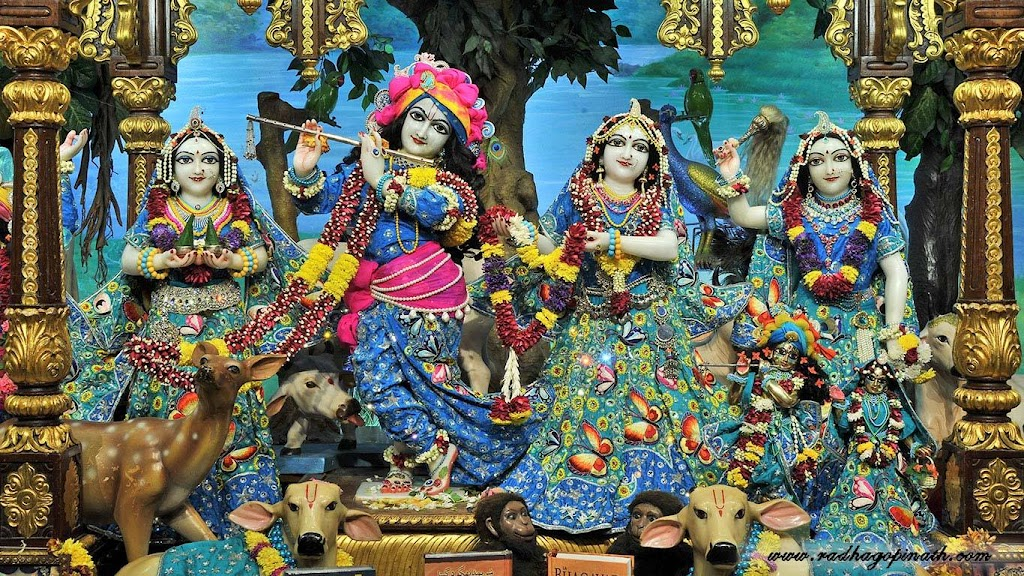 ISKCON Chowpatty Deity Darshan 18 Dec 2015 (1)