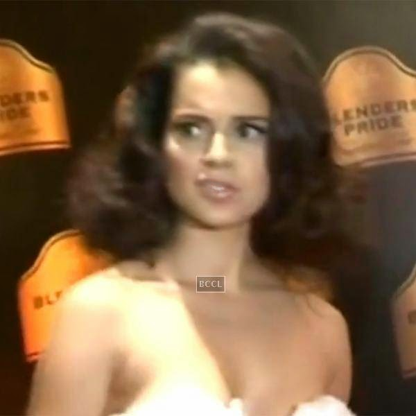 Kangana had to leave the event midway and she looked quite disgruntled.