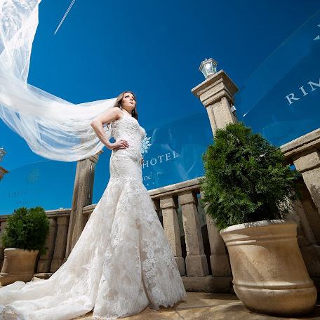 Wedding photographer Nikolay Khorkov (ZOOOM). Photo of 12.09.2017