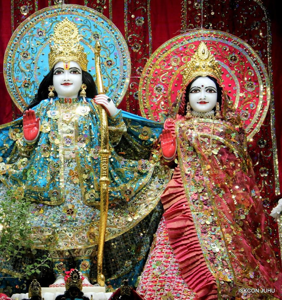 ISKCON Juhu Mangal Deity Darshan 11 Jan 2016  (12)