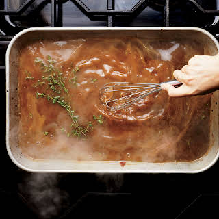 Classic Turkey Gravy with Thyme.
