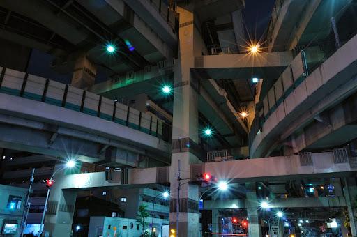 標準レンズで撮影した箱崎ジャンクション
