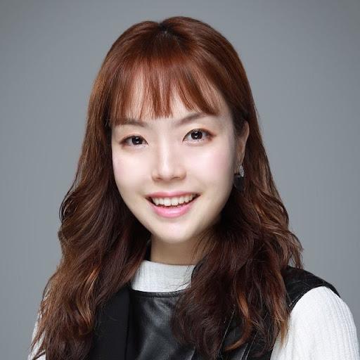 Monica Yoo