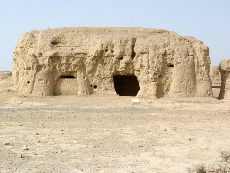 XINJIANG.  Turpan. Ancient city of Jiaohe, Flaming Mountains, Karez, Bezelik Thousand Budda caves - P1270823.JPG