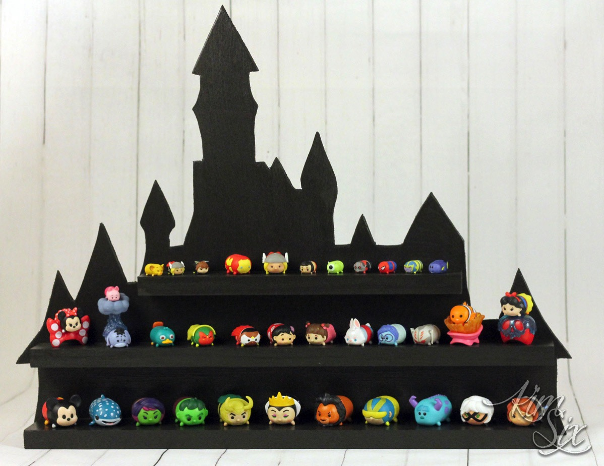 Tsum Tsum mini display shelf shaped like castle