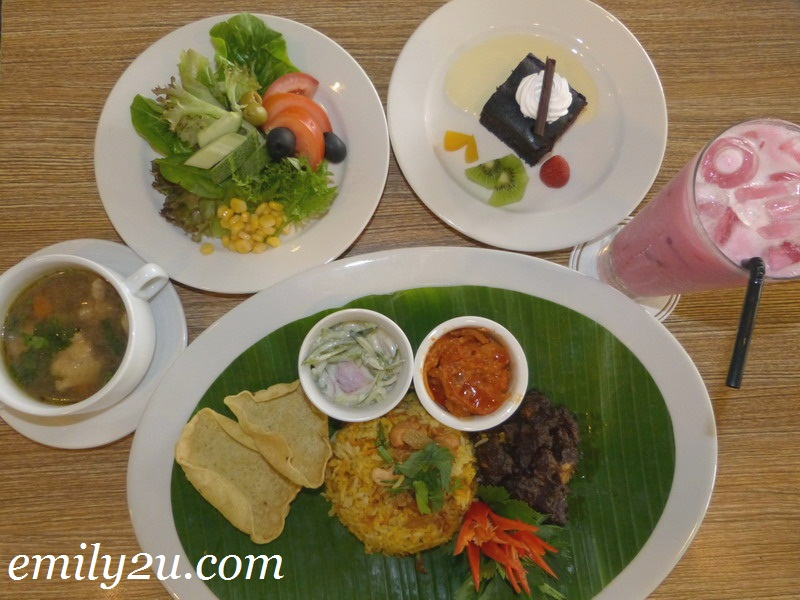 Impiana Hotel Ipoh Power Set Lunch