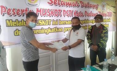 M Fikar Dt Rajo Magek Terpilih Sebagai Ketua PSTI Kota Padang Secara Aklamasi