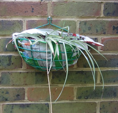 Frozen food bag as hanging basket liner_web