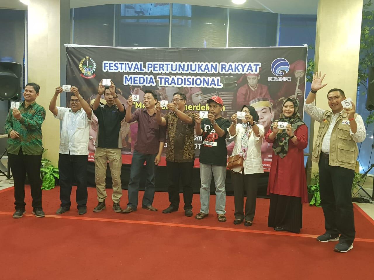 Kabupaten Sinjai Sabet Juara Satu Festival Pertunjukan Media Tradisional