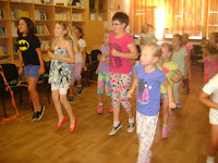 07 A tánclépések gyakorlása.JPG