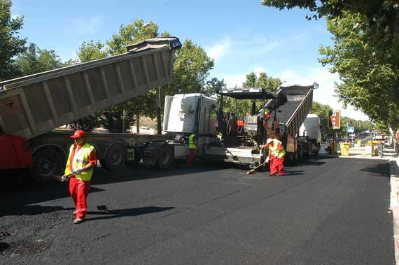 Las operaciones asfalto regresan en 2014 con un nuevo contrato de gestión integral de infraestructuras viarias