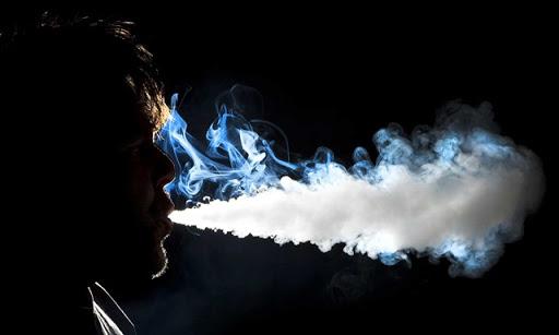 What are the Dangers of Vaping thumb%25255B2%25255D - 【朗報】新タバコ規制「VAPE/iQOS」は対象外!!受動喫煙の健康被害が科学的に不明のため【電子タバコ/VAPE大勝利?】