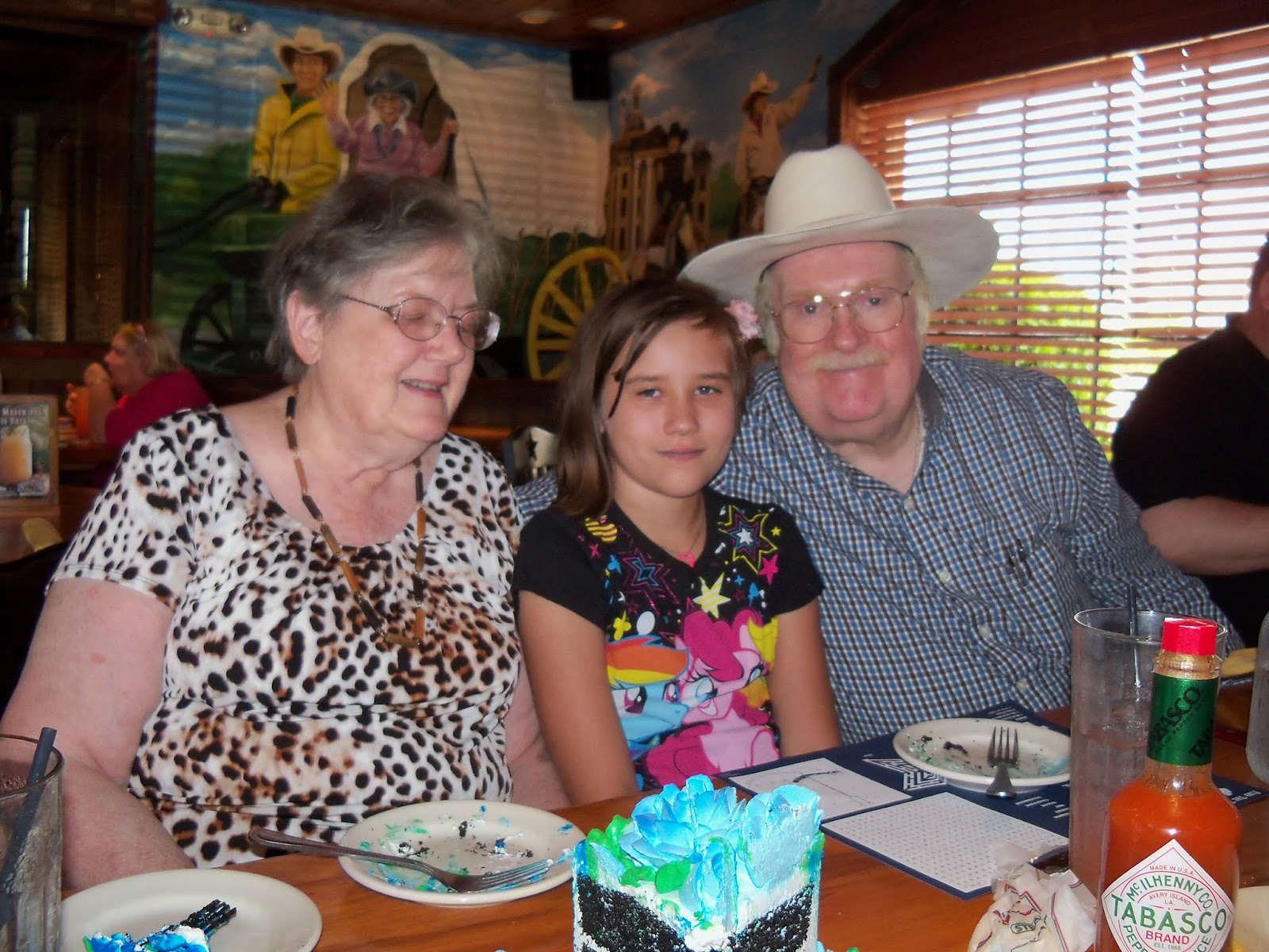 Moms 70th Birthday and Labor Day - 117_0139.JPG