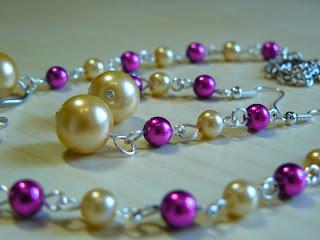 biżuteria z półfabrykatów - fiolet z różem (zbliżenie na kolczyki)