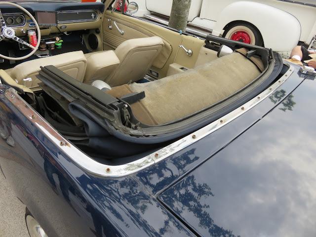 フォードマスタングコンバーチブルの幌