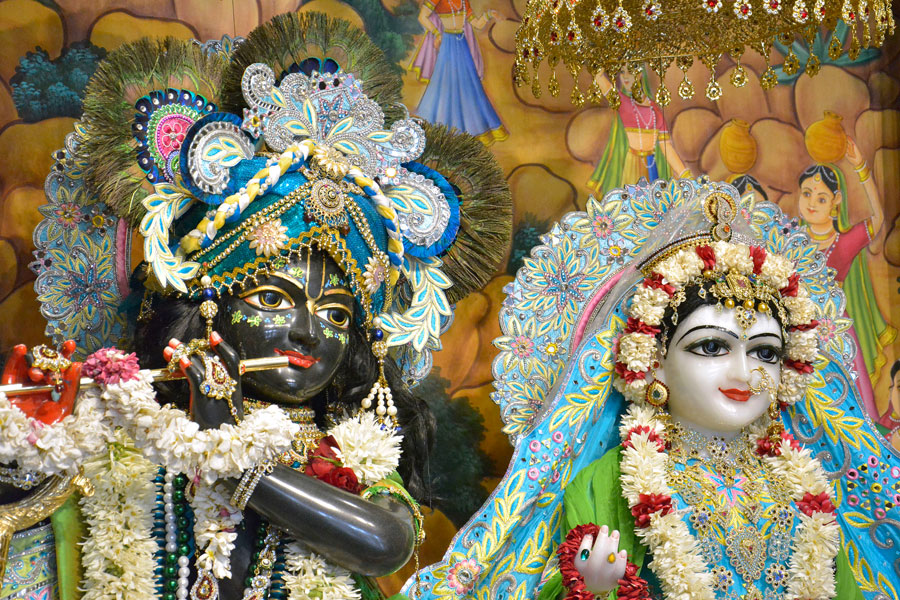 ISKCON Ahmedabad  Deity Darshan 14 June 2016 (5)