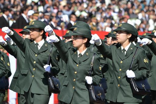 自衛隊の現実(仕事内容・資格・平均年収)|自自衛隊の転職先について