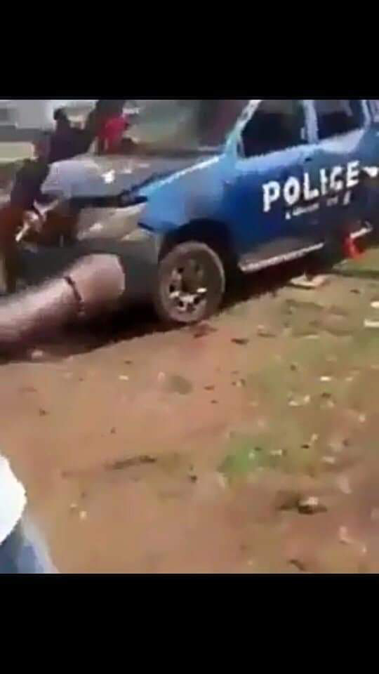 just in now, Another police station set ablaze by youths in ebonyi state