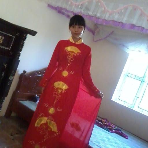 Thuy Vuong Photo 17