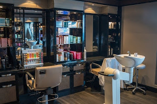 hair salon space to rent